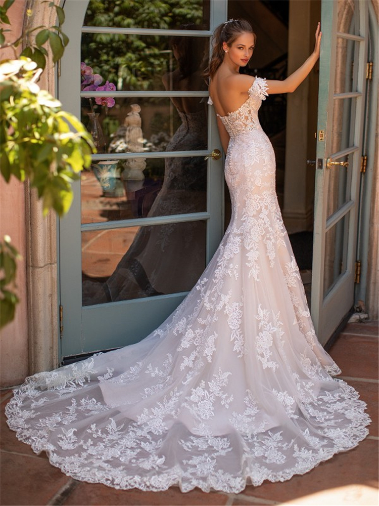 Latest Wedding Dresses Collection For Spring 2020 ;Wedding Dresses ;Wedding Dresses Collection ;Latest Wedding Dresses Collection #LatestWeddingDressesCollectionForSpring2020 #WeddingDresses #WeddingDressesCollection #LatestWeddingDressesCollection
